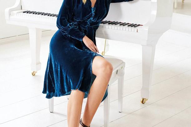 морски стил, дрехи в морски нюанси, рокли в синьо